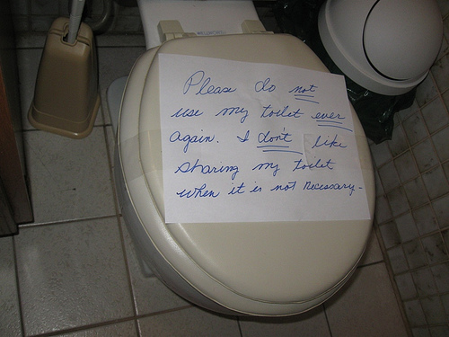 I do NOT like sharing my toilet...